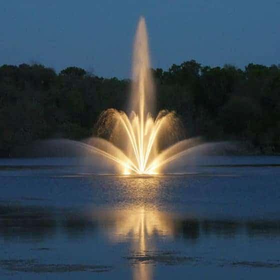 Ljus till fontäner finns i ett stort urval. Från små fontäner till stora flytande. Naturligtvis i LED.